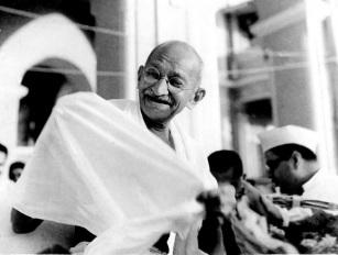 Mahatma_Gandhi_laughing1